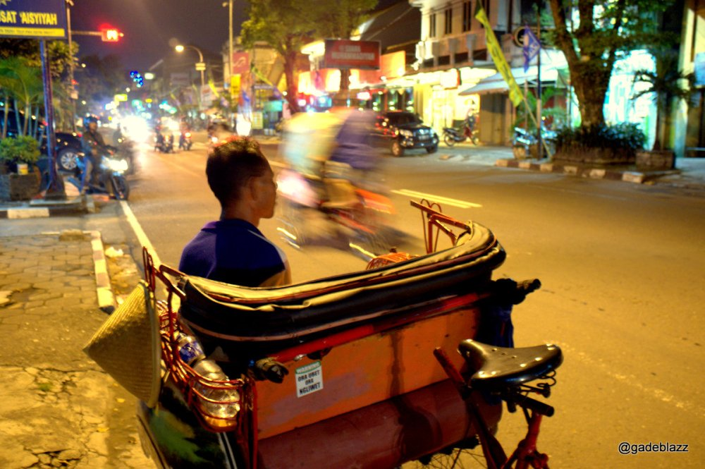 Riding Becak to drive around the city is the best way to enjoy the city...